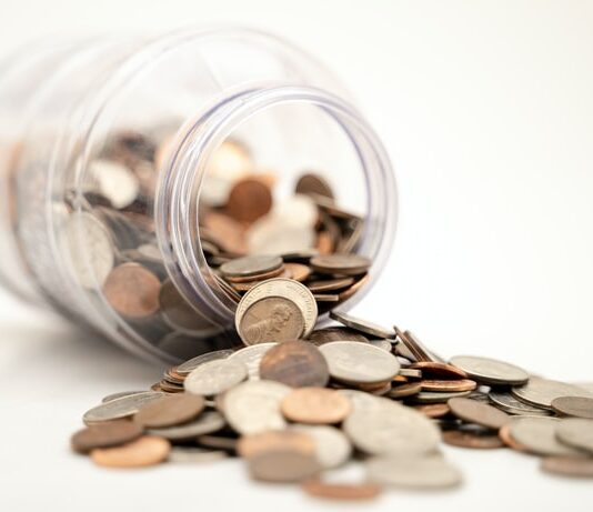 Can you have two separate Roth IRA accounts?